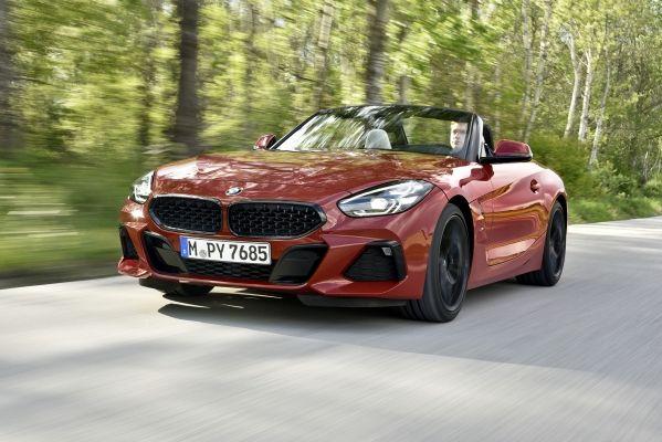 Számos modellsorozatát frissíti 2019 nyarán a BMW